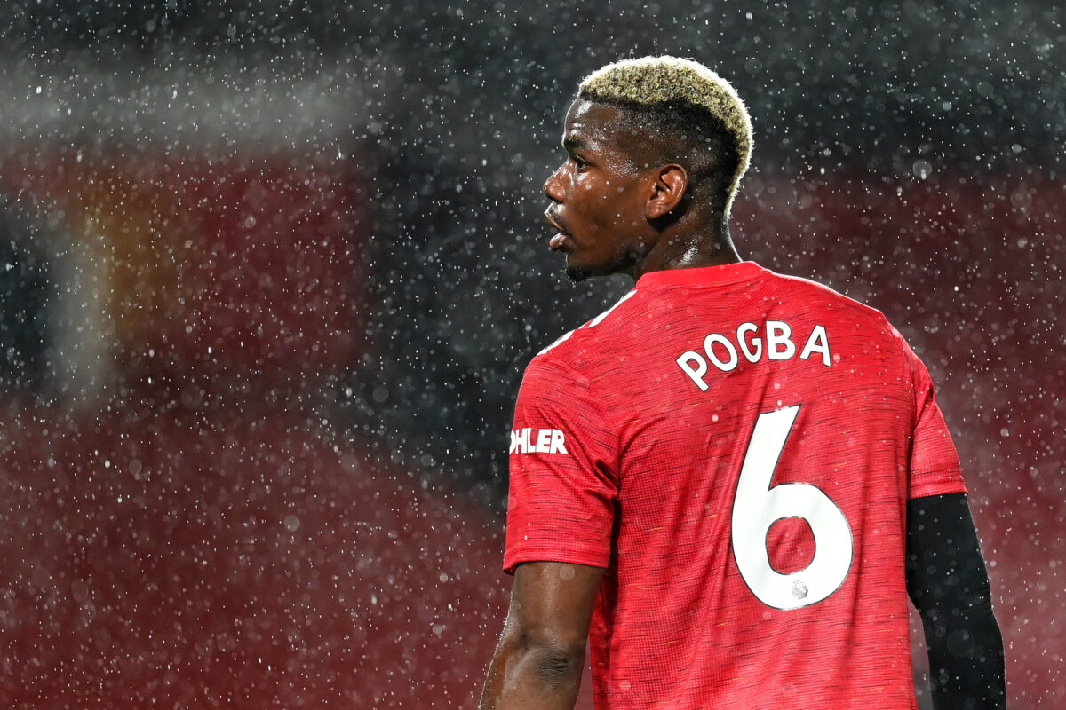 v Paul Pogba (Manchester United) im Regen