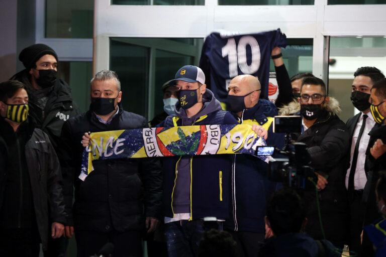 Bestätigt: Mesut Özil hat bei Fenerbahce unterschrieben