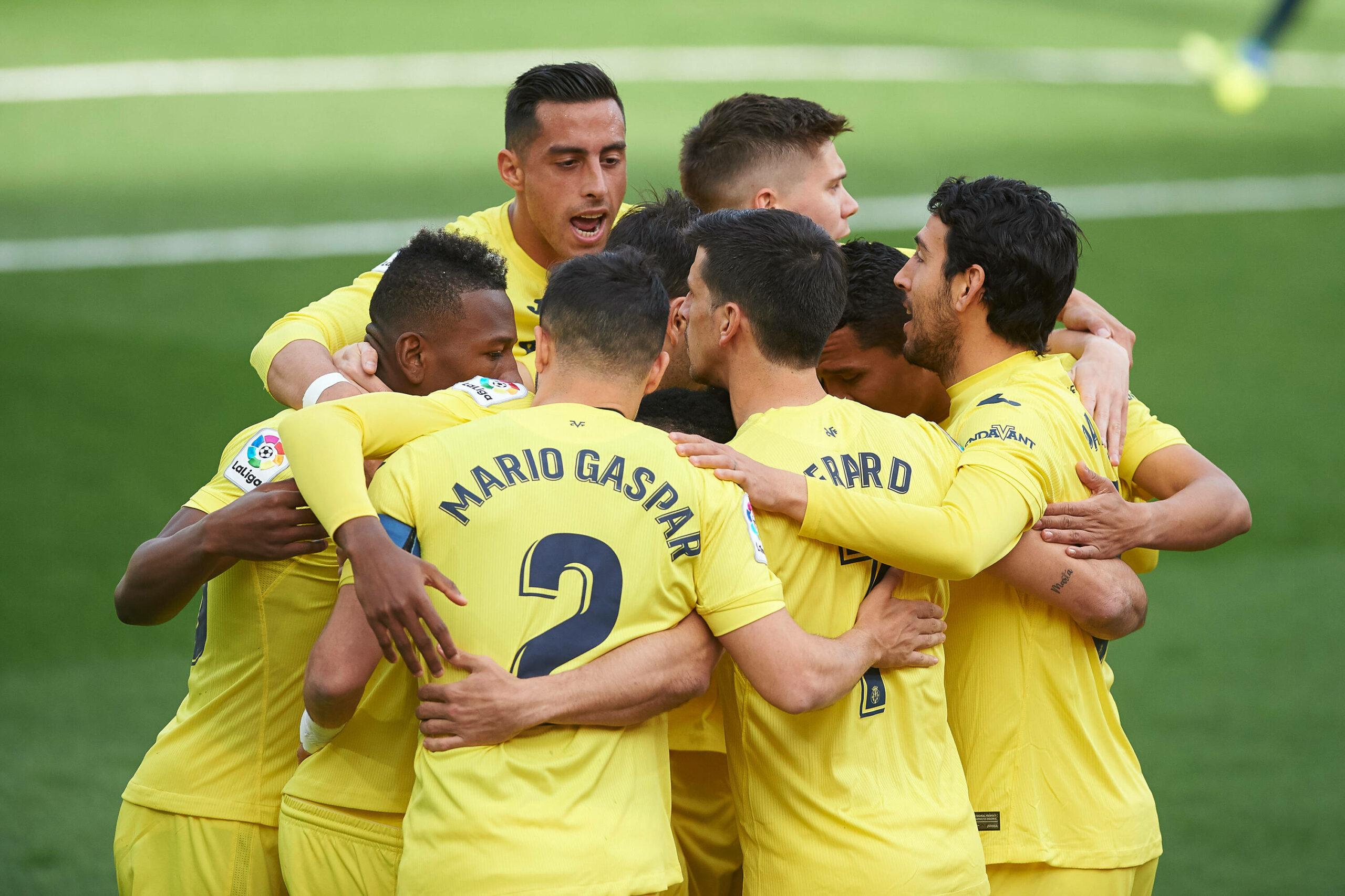 Team von Villarreal bejubelt Tor