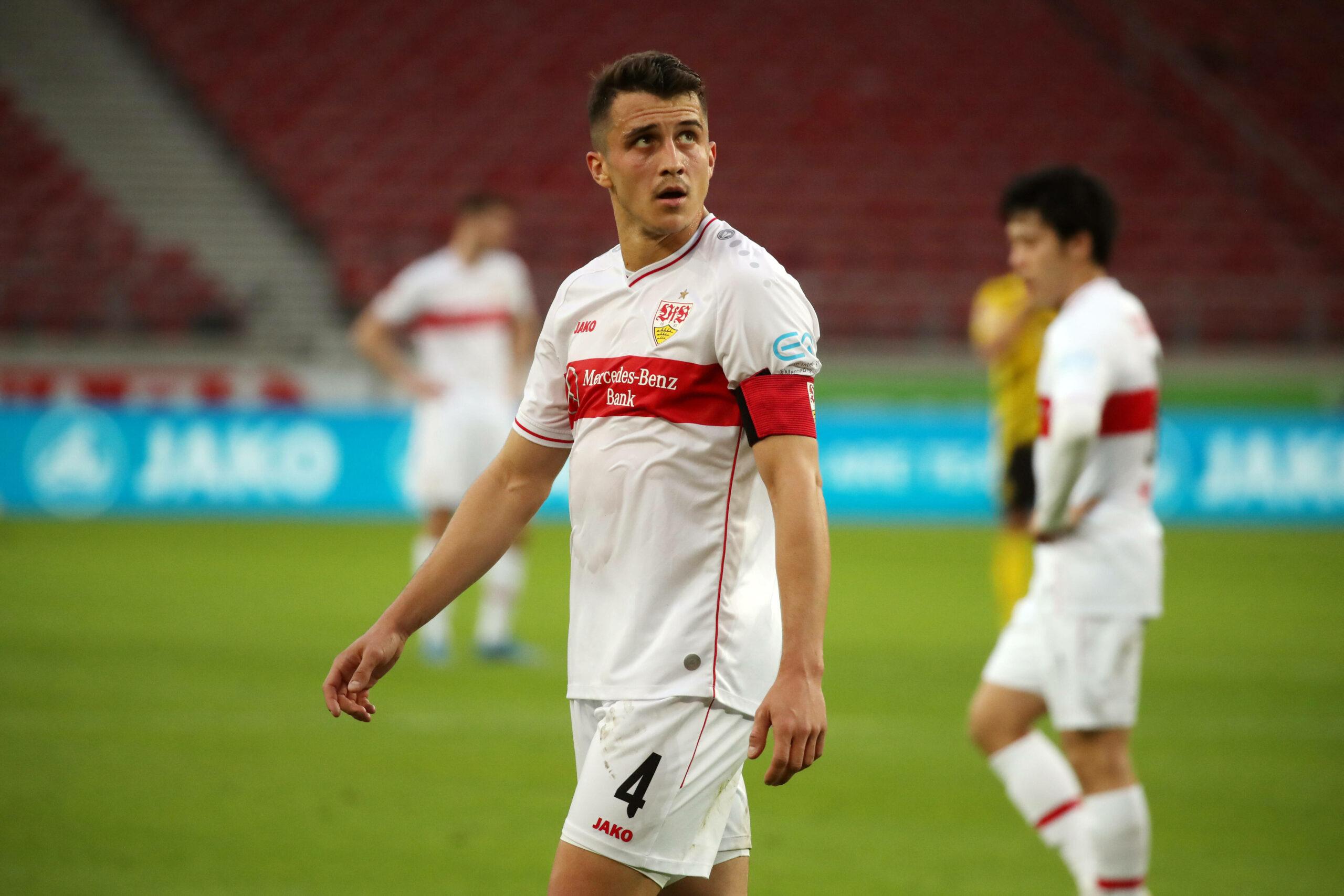 Kempf (VfB Stuttgart) gegen den BVB