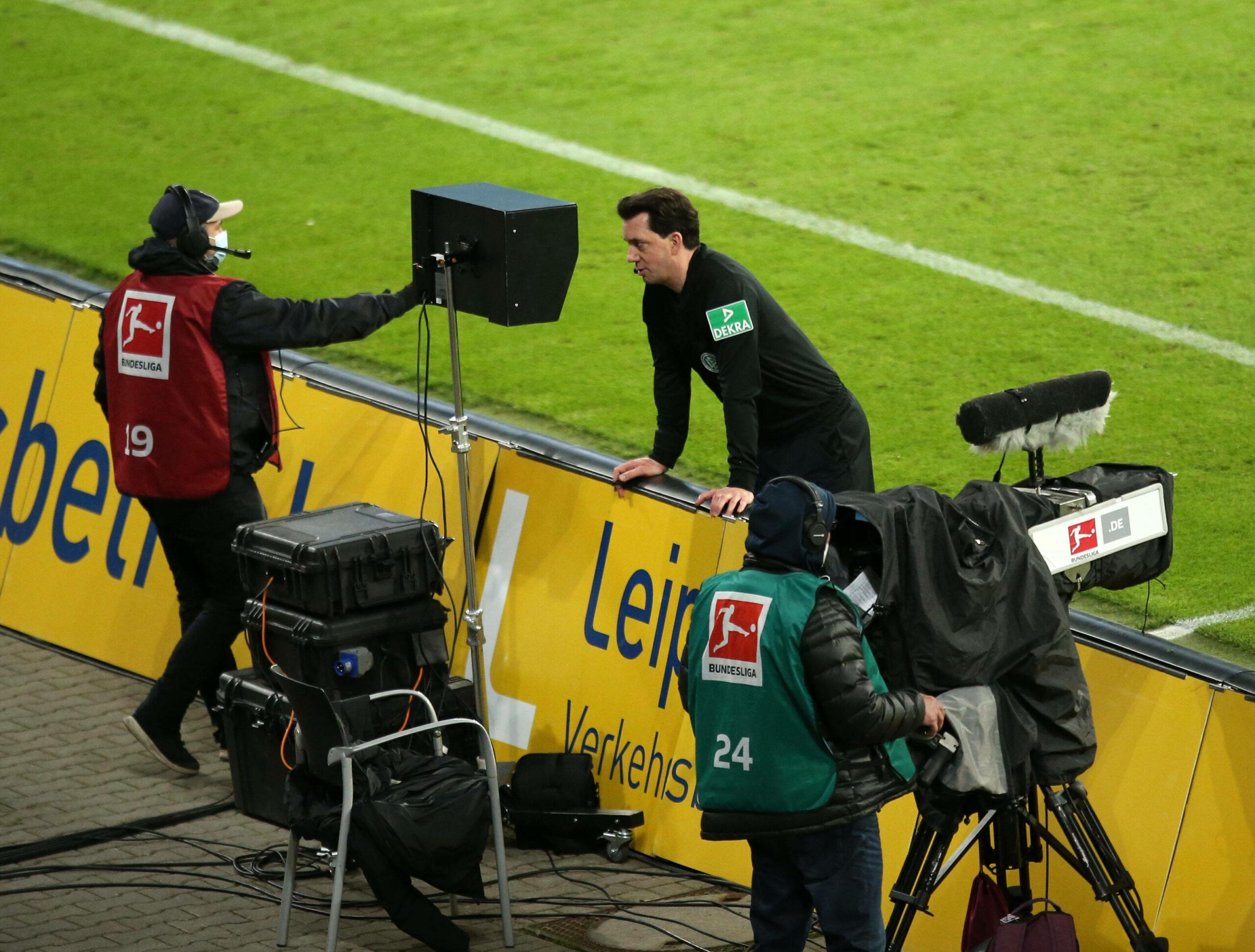 Manuel Gräfe im Spiel Leipzig gegen Hoffenheim