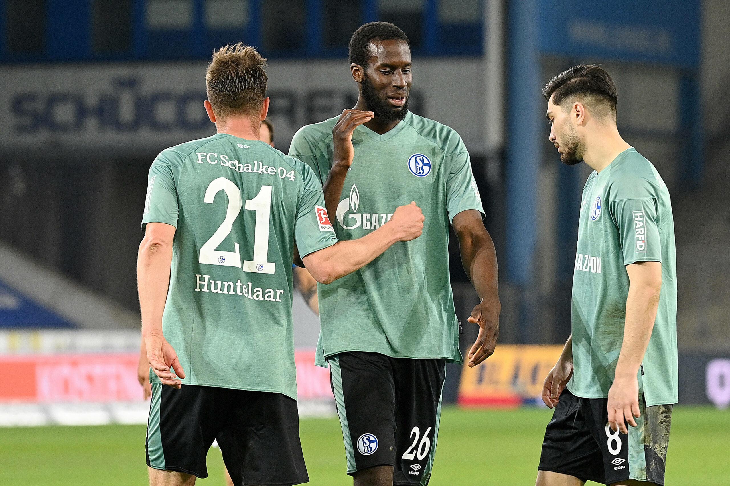 Huntelaar, Sane, Serdar (S04) gegen Bielefeld