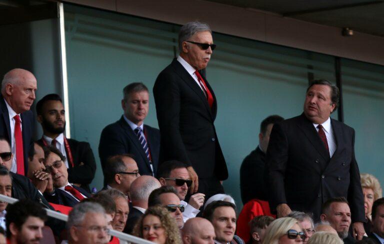 Arsenal | Besitzer Kroenke entschuldigt sich bei Trainer und Mannschaft