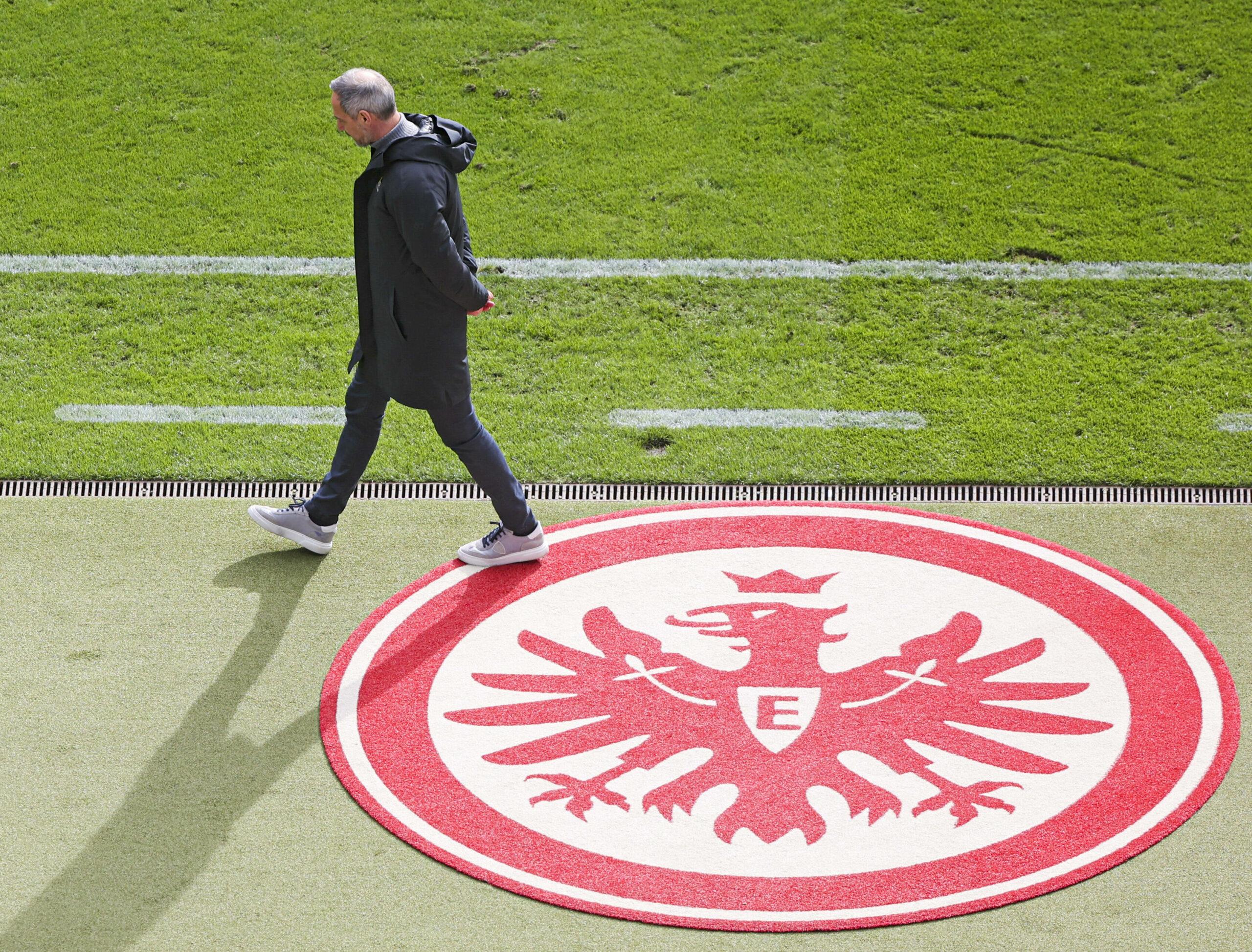 Wechselt Adi Hütter von Eintracht Frankfurt zu Gladbach?