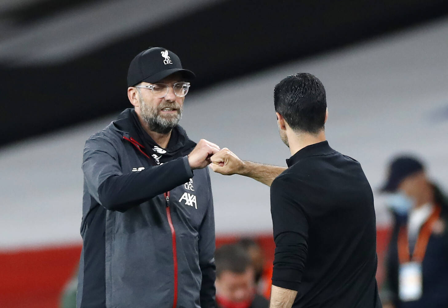 Arsenal v Liverpool - Premier League - Emirates Stadium Liverpool manager Jurgen Klopp greets Arsenal manager Mikel Art