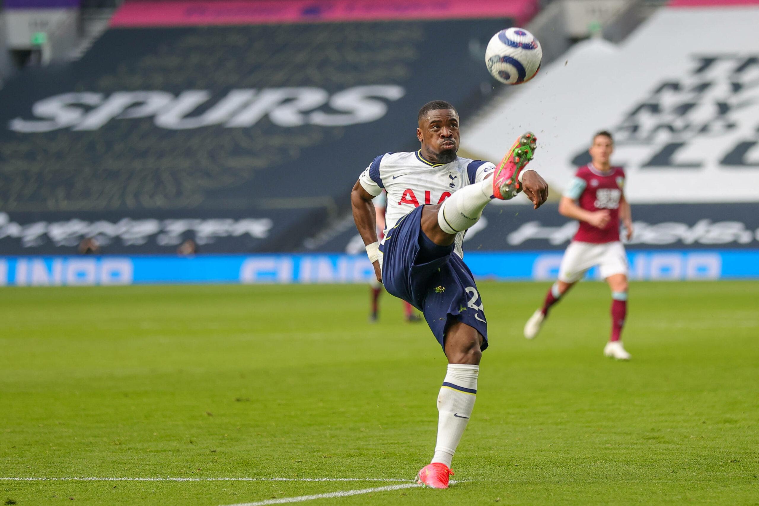 Aurier PSG Tottenham
