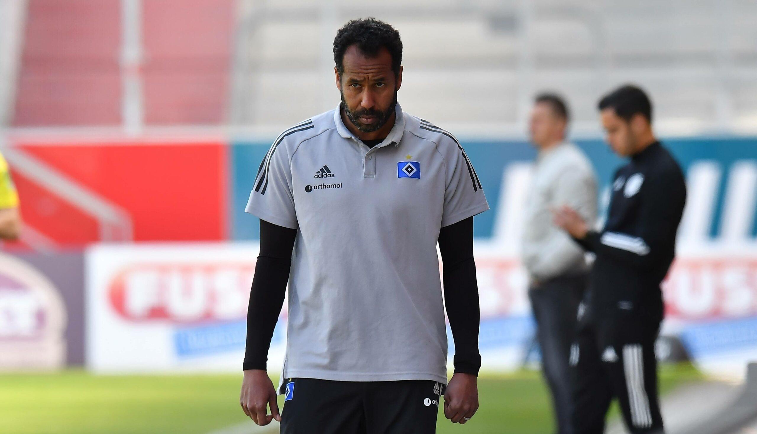 Daniel Thioune (HSV) gegen Regensburg