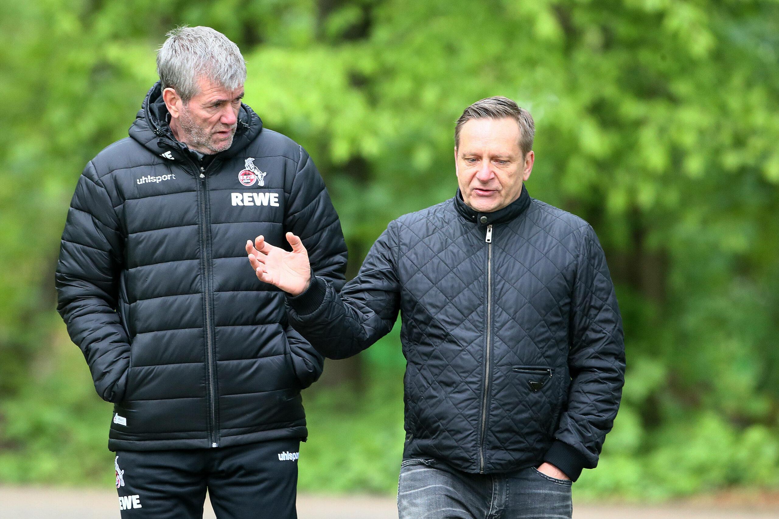 Funkel, Held (beide 1. FC Köln) im Gespräch