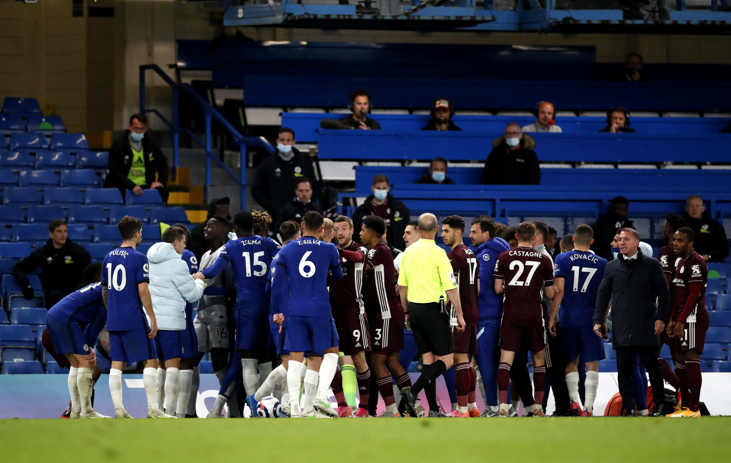 Chelsea und Leicester City Rudelbildung