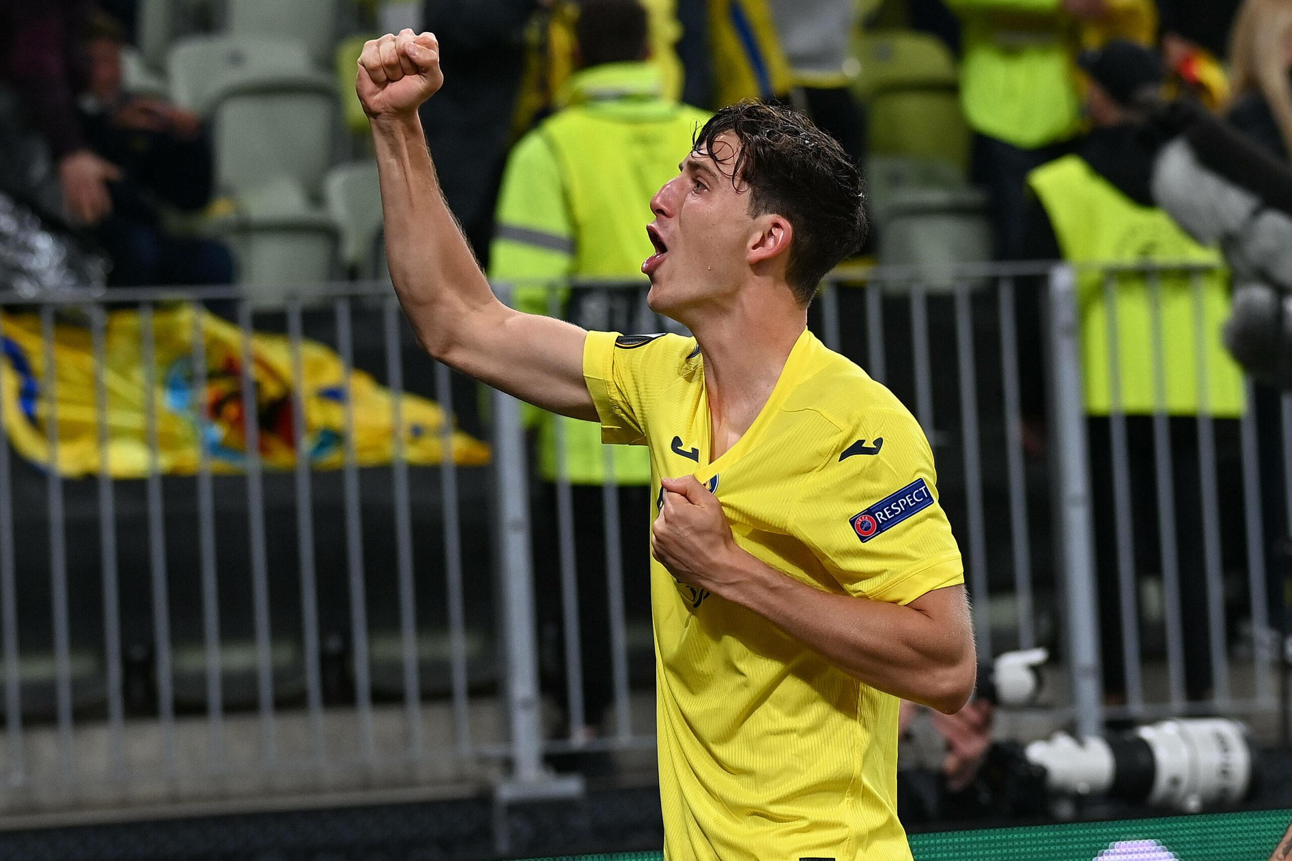 Pau Torres Manchester United Villarreal