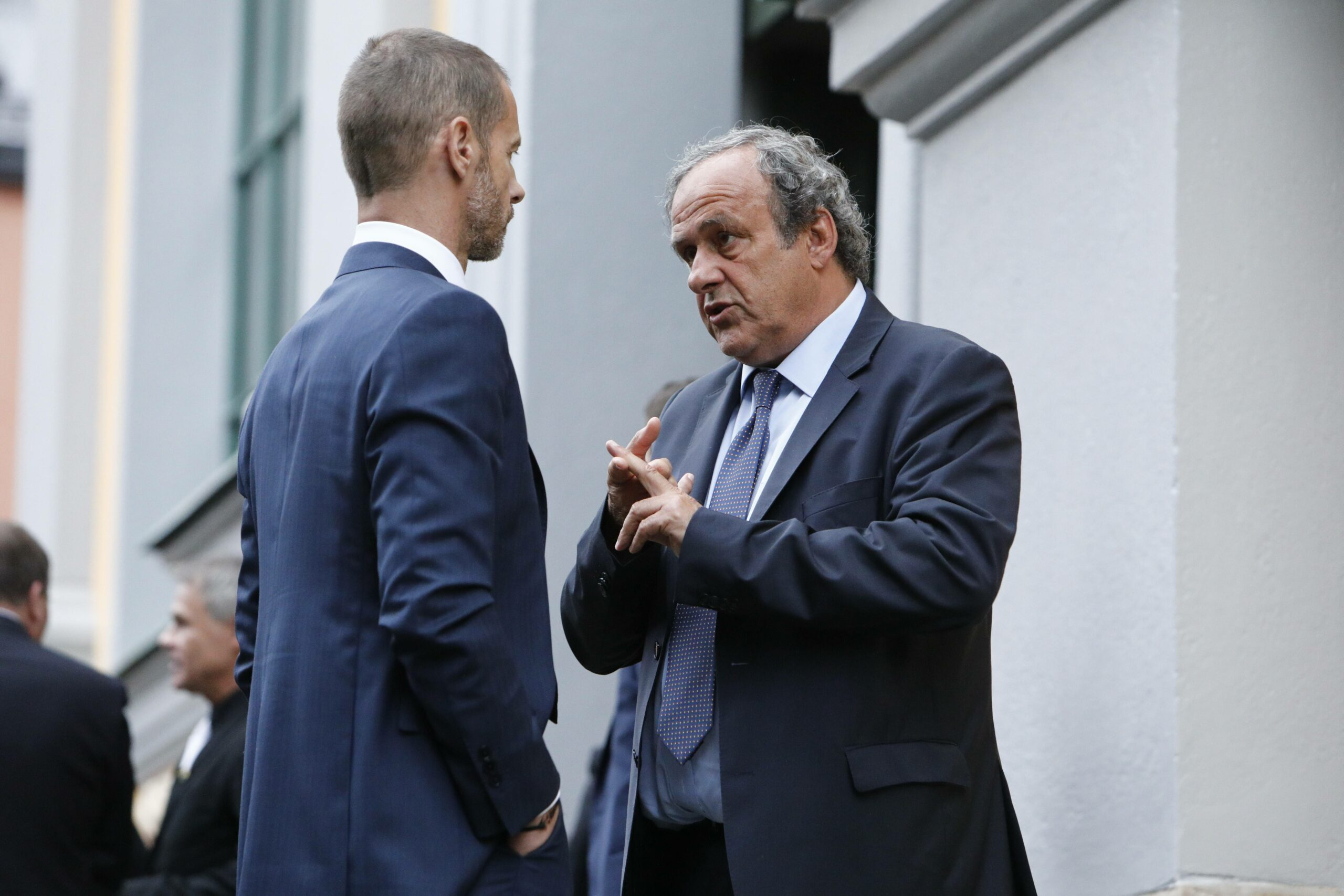 Ceferin & Platini (UEFA) im Gespräch