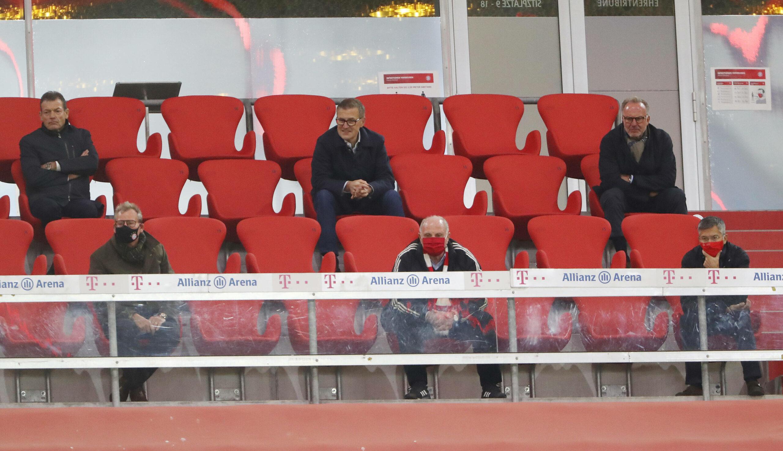 FC Bayern Zuschauer Meisterschale