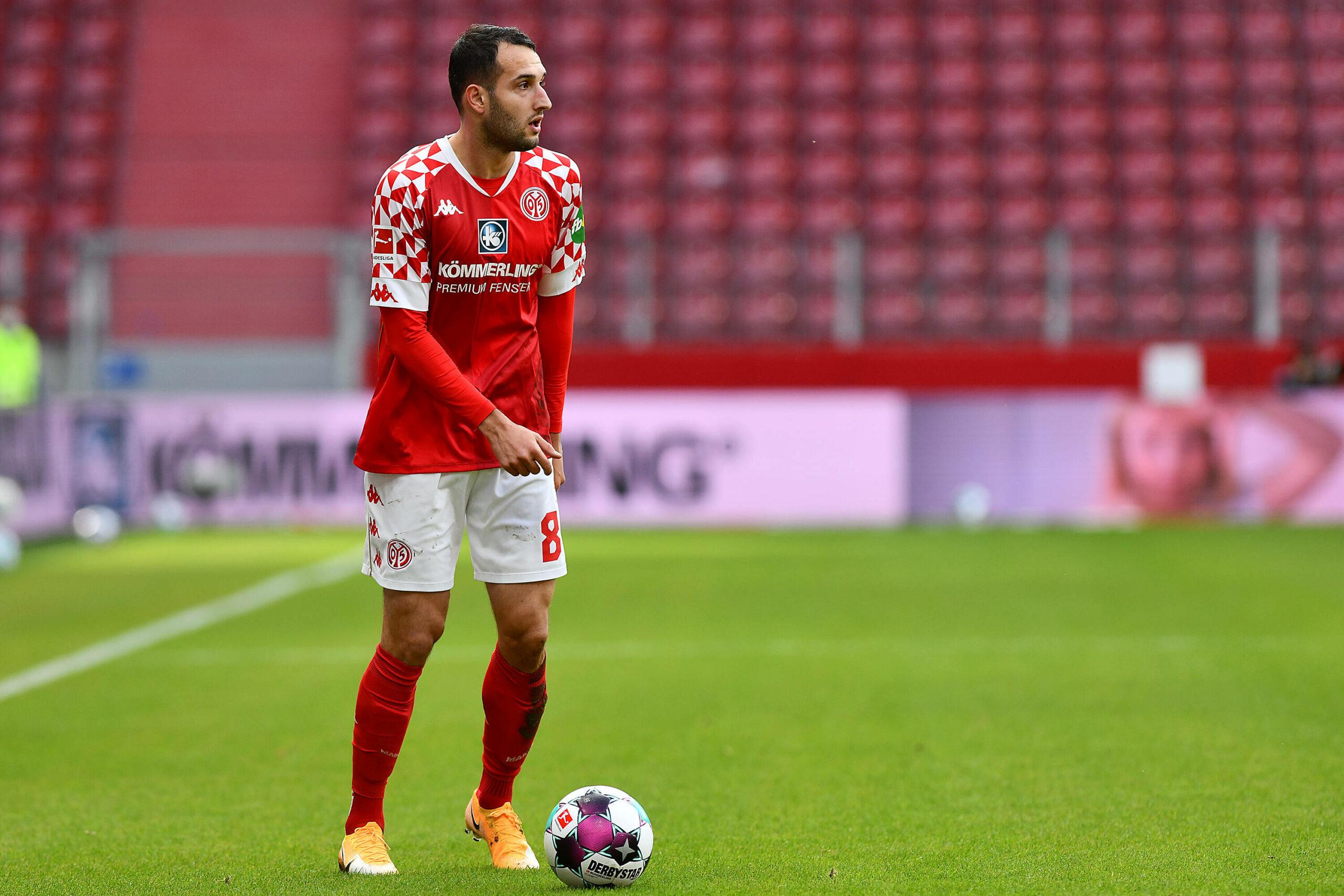 Öztunali (Mainz 05) gegen Gladbach