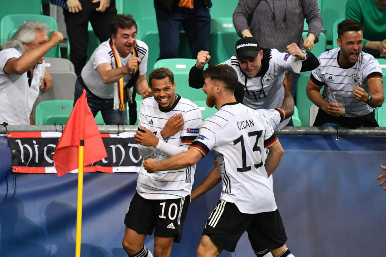 U21-EM | Nmecha schießt Deutschland gegen Portugal zum Titel