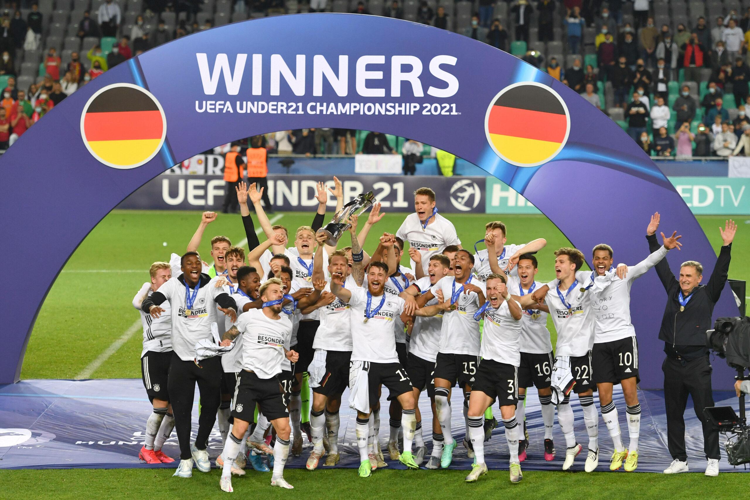 DFB-U21-Team feiert Triumph bei der U21-EM
