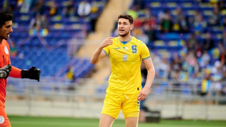 UEFA   Ukraine zu Trikot-Änderungen aufgefordert