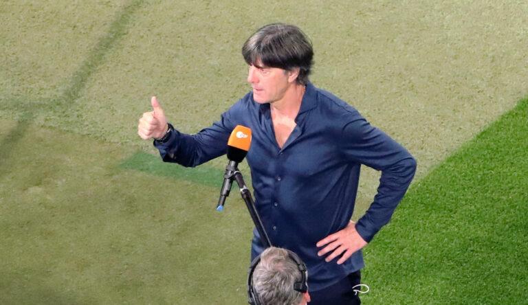 """EM 2021  Joachim Löw erklärt Sane-Aufstellung: """"Brennt auf diese Chance"""""""