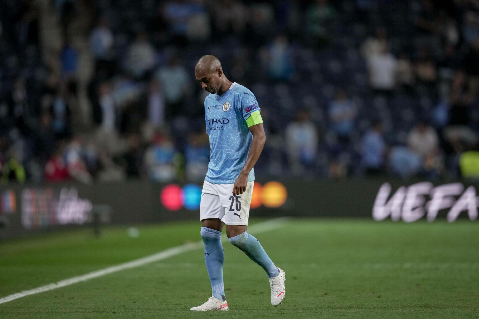 Bestätigt: Fernandinho verlängert Vertrag bei Manchester City