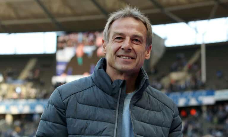 Jürgen Klinsmann bringt sich erneut für Trainerjob bei Tottenham ins Gespräch