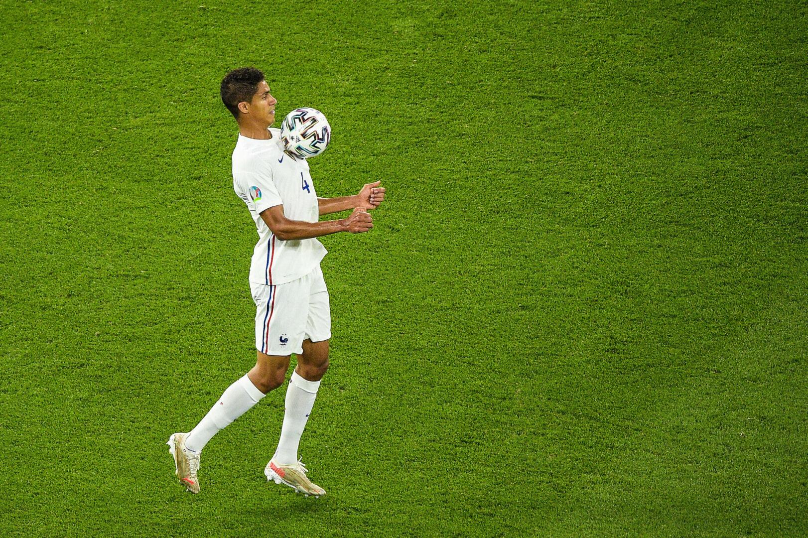 Real Madrid: Varane will sich mit Zukunftsentscheidung Zeit lassen