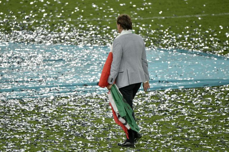 """Italien   Europameister-Trainer Mancini emotional: """"Ich war fällig"""""""