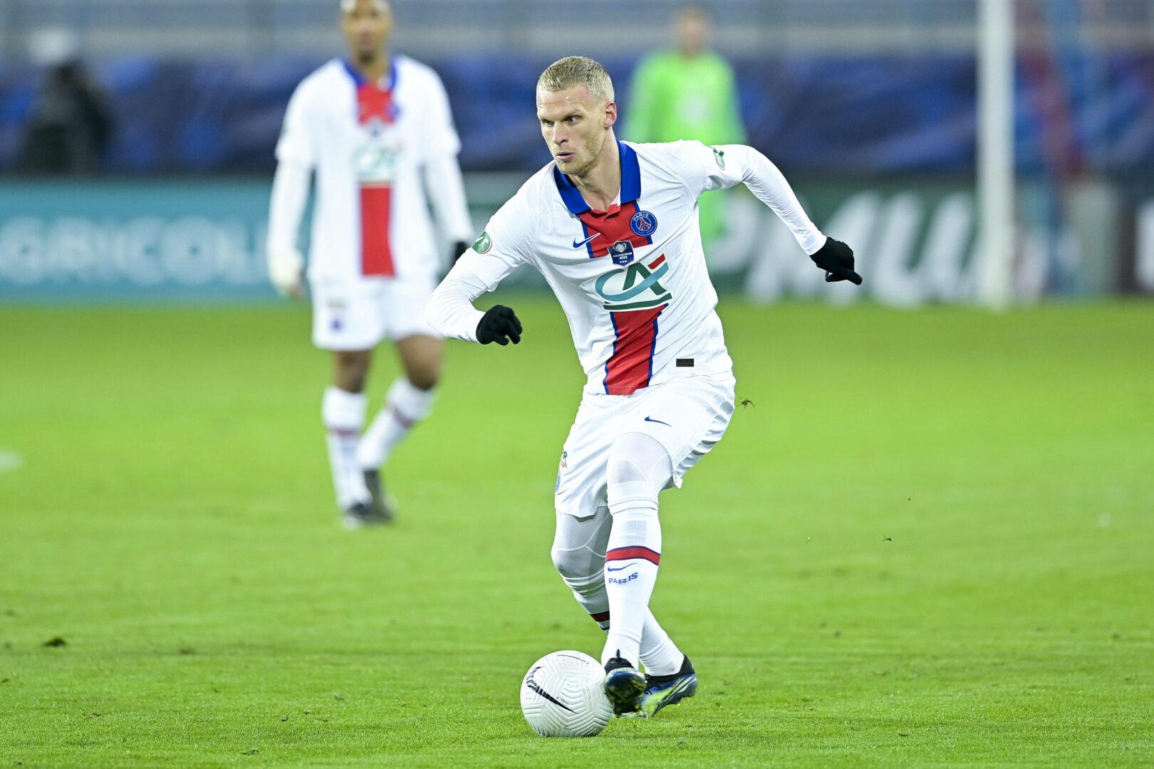 PSG | Bakker steht kurz vor Wechsel nach Leverkusen
