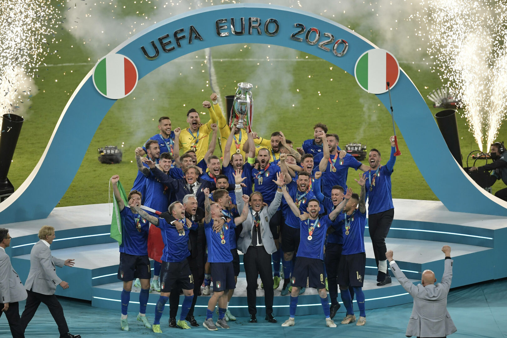 EM 2021: Von Experten bis UEFA: 3 Tops, 3 Flops
