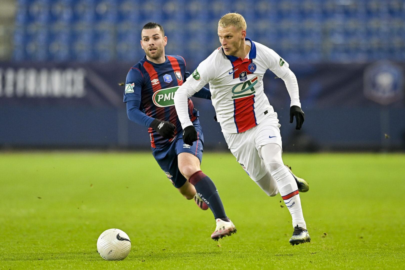 Bestätigt: Bayer Leverkusen verpflichtet Mitchel Bakker von PSG!