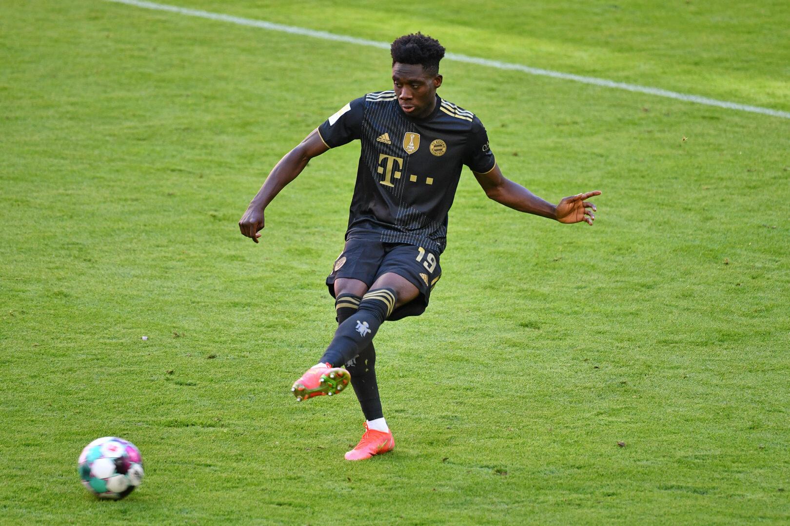Außenbandverletzung: FC Bayern mehrere Wochen ohne Alphonso Davies