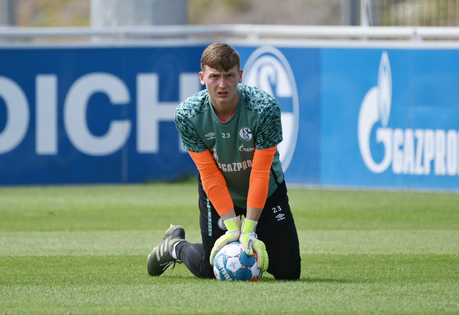 Schalke | Wechsel nach Arnheim: Schubert-Abgang steht bevor