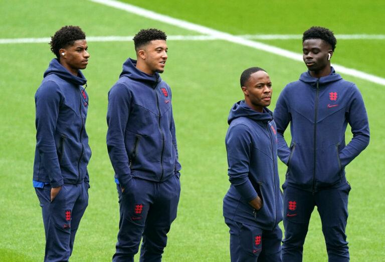 Nach Online-Rassismus gegen englische Nationalspieler: Polizei nimmt erste Täter fest