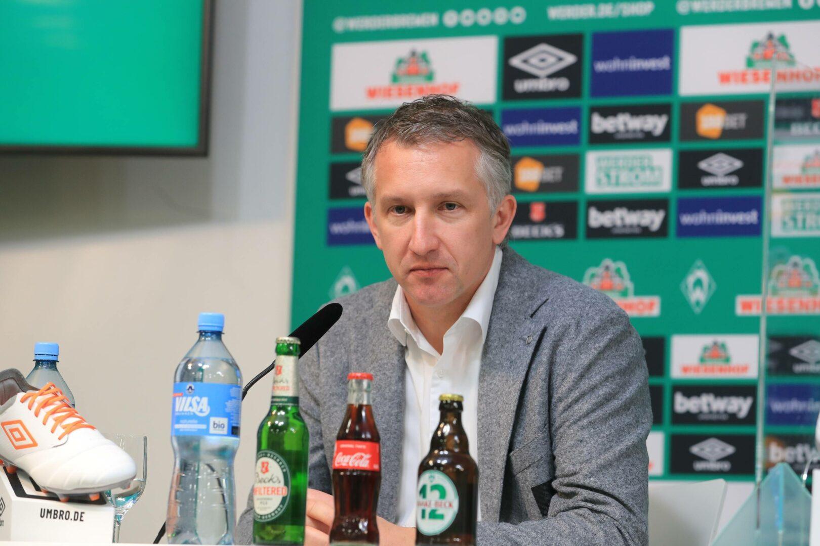 "Werder Bremen: Baumann kündigt ""15 bis 20 Transfers"" an"