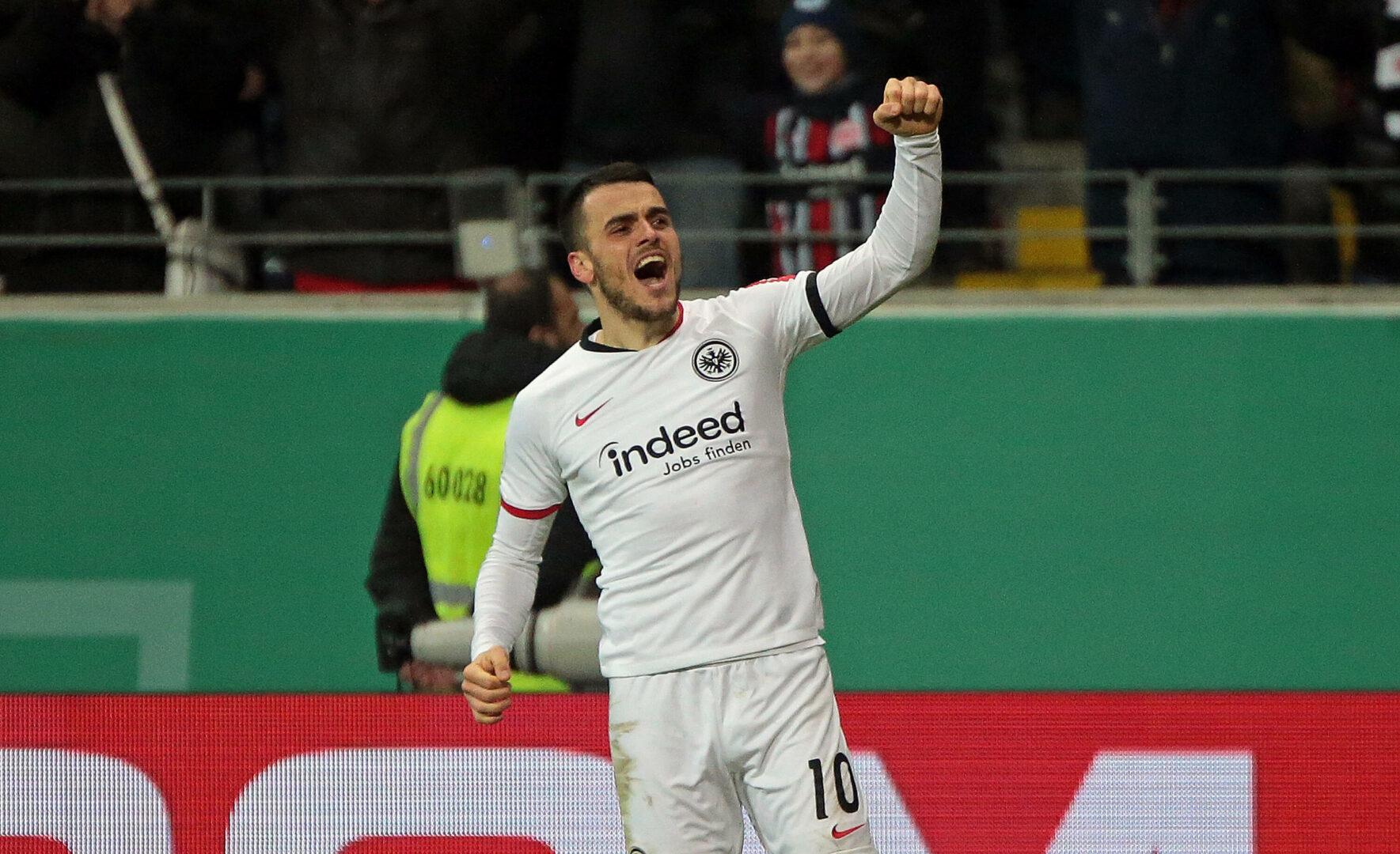 Filip Kostic jubelt im Trikot von Eintracht Frankfurt
