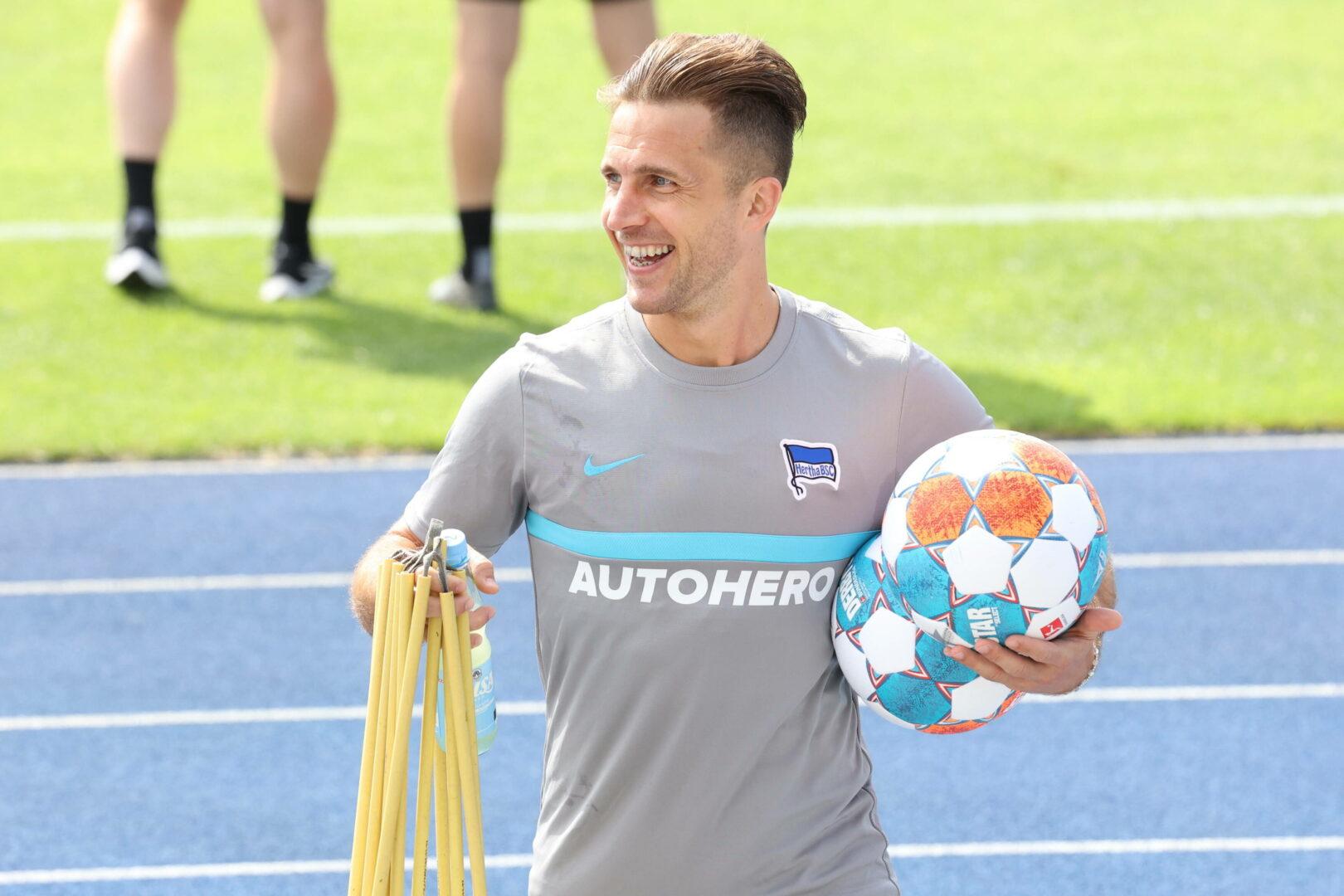 Hertha BSC   Pekarik verlängert um ein Jahr