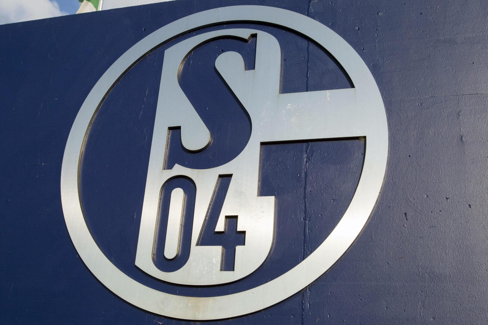Schalke 04 reagiert auf Corona-Fall und geht in Quarantäne-Trainingslager