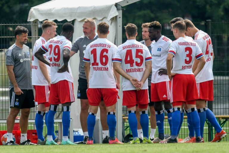 Das Spitzenspiel zum Auftakt – Schalke 04 empfängt den HSV