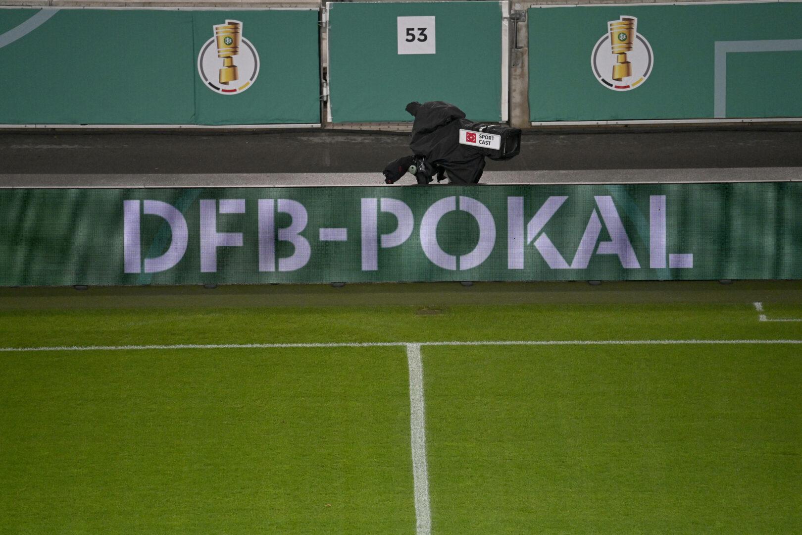 DFB Pokal Bandenwerbung im Stadion