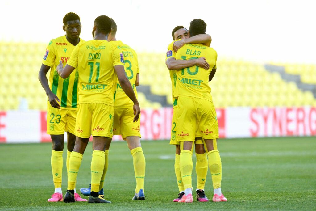 Nantes Team bejubelt Klassenerhalt (Ligue 1)