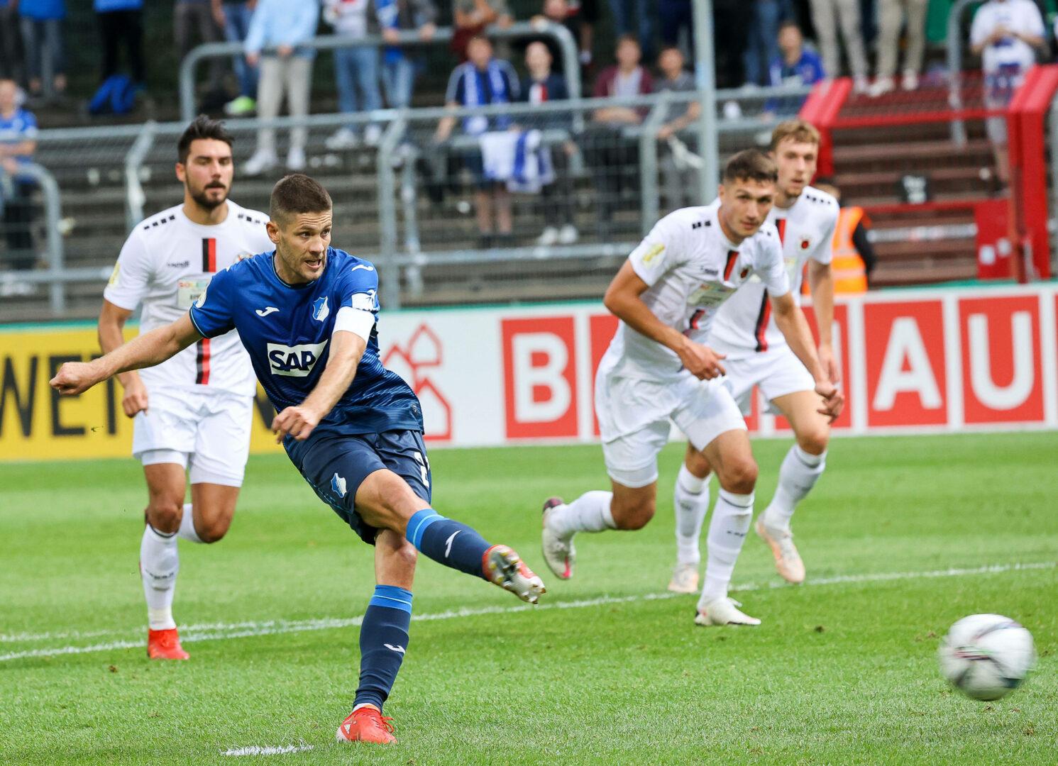 DFB-Pokal: KSC souverän, FCI siegt knapp, Hoffenheim gewinnt im Nachsitzen