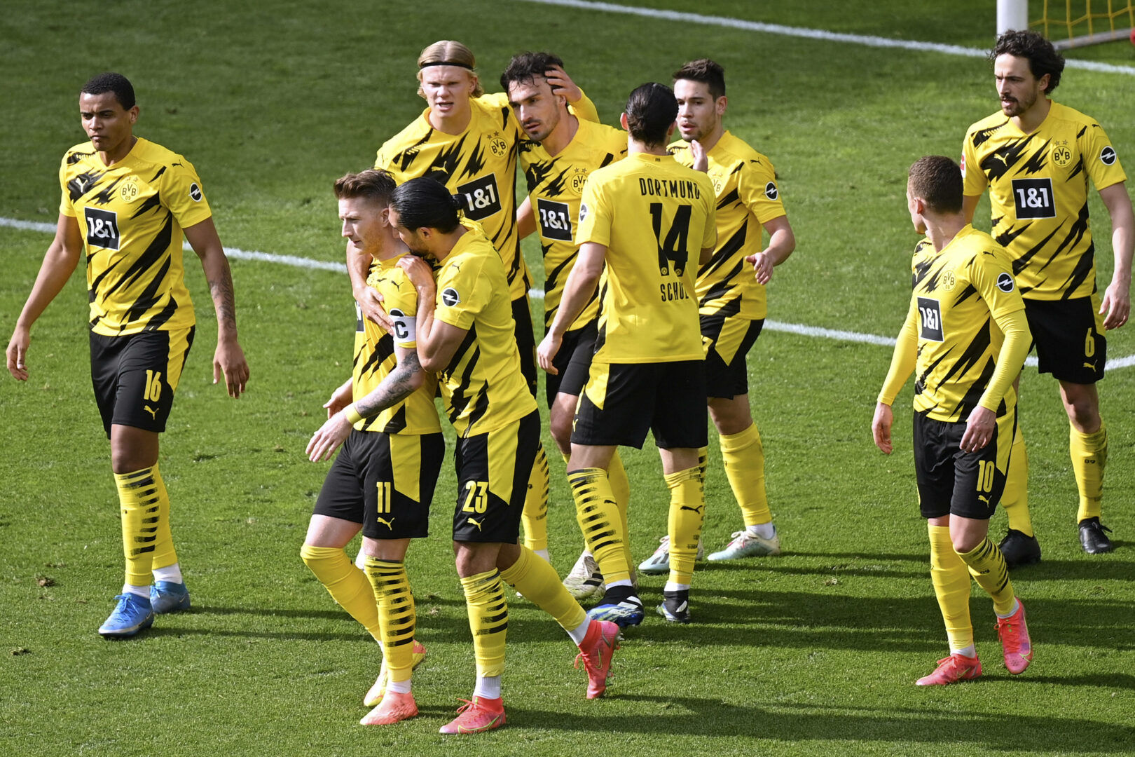 Bundesliga: Dortmund trifft zum Rose-Heimauftakt auf Frankfurt