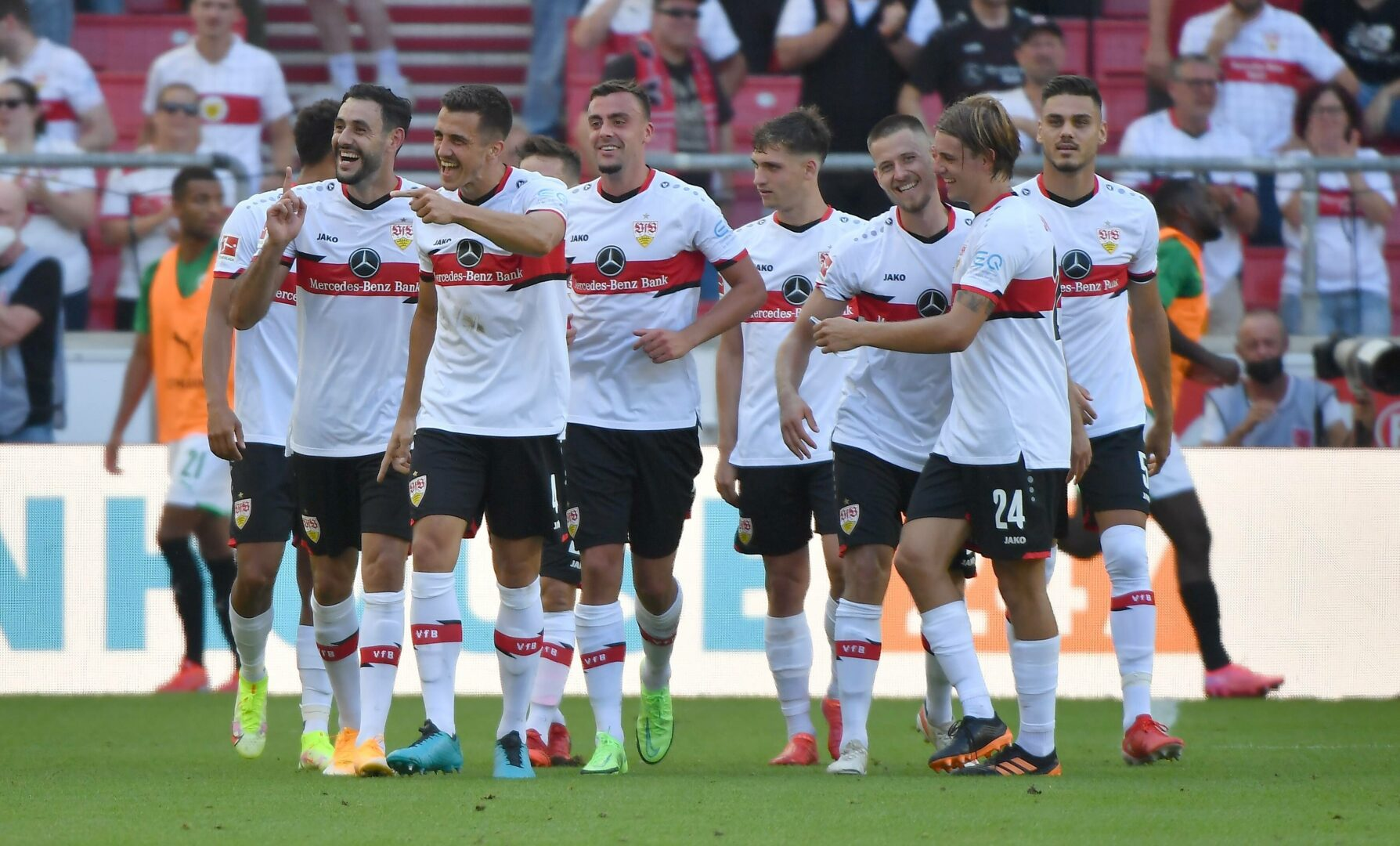Bundesliga | Fürth desolat, Stuttgart und Hoffenheim glänzen