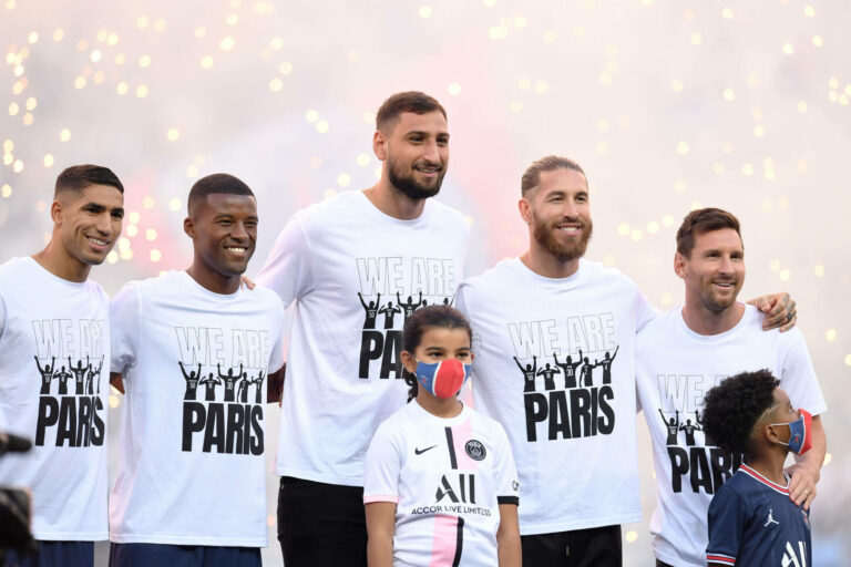 Bei Messi-Vorstellung: PSG schlägt Straßburg knapp
