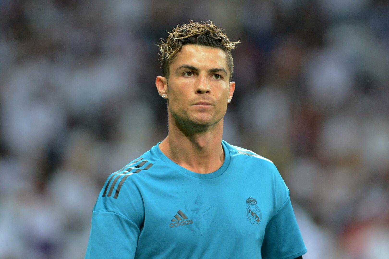 Cristiano Ronaldo (Real Madrid) beim Aufwärmen