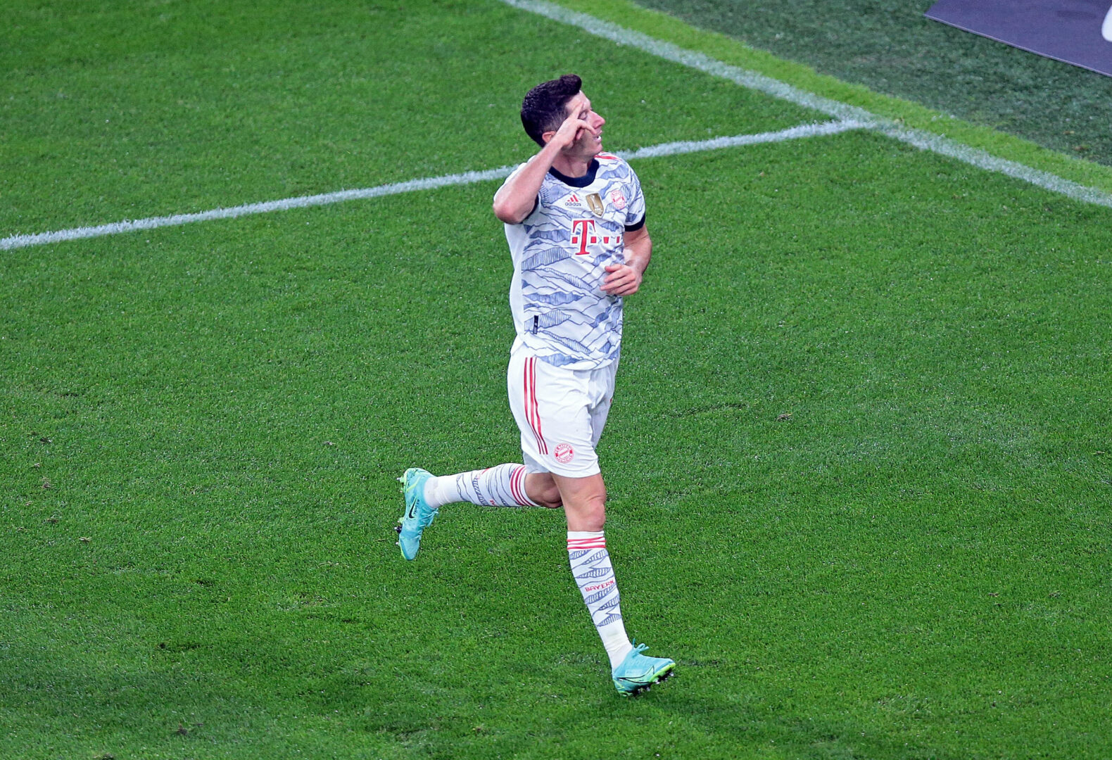 DFL-Supercup | Lewandowski führt Bayern zum Titel