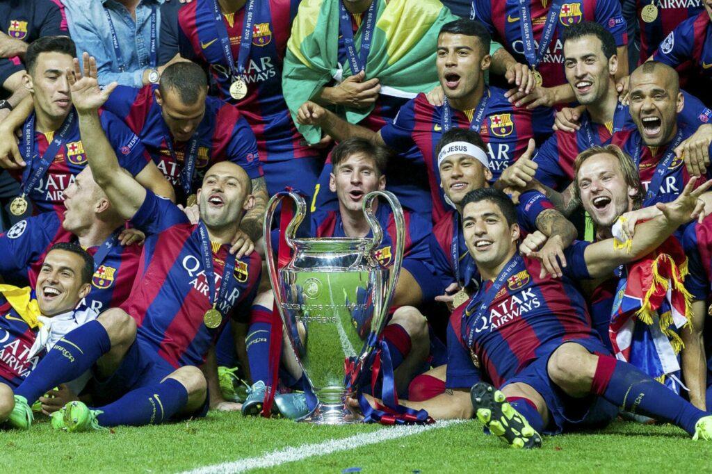 Lionel Messi und seine Kameraden feiern den Gewinn der Champions League