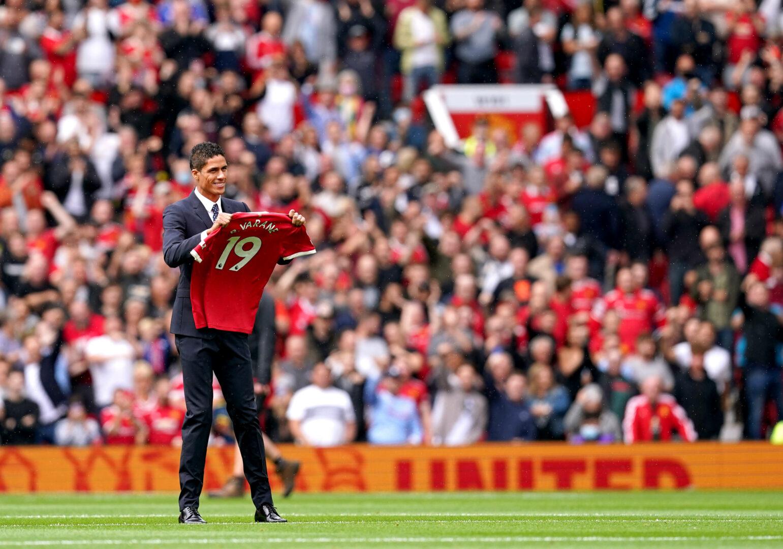 Manchester United | Solskjaer stellt Varane-Debüt in Aussicht