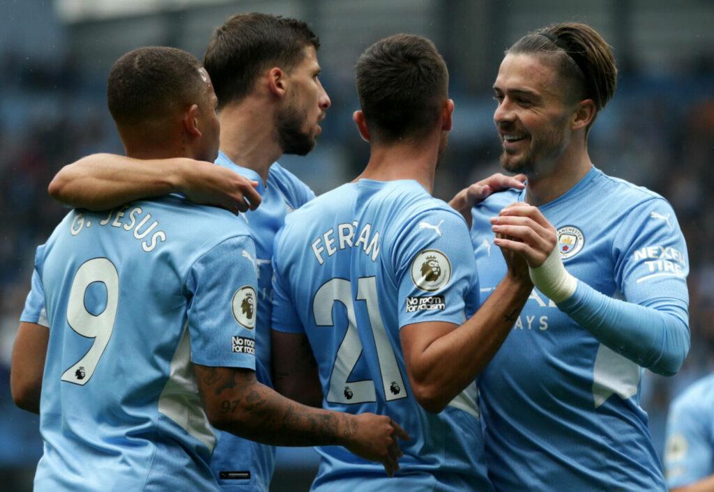 Spieler von Manchester City jubeln nach einem Tor gegen Norwich City