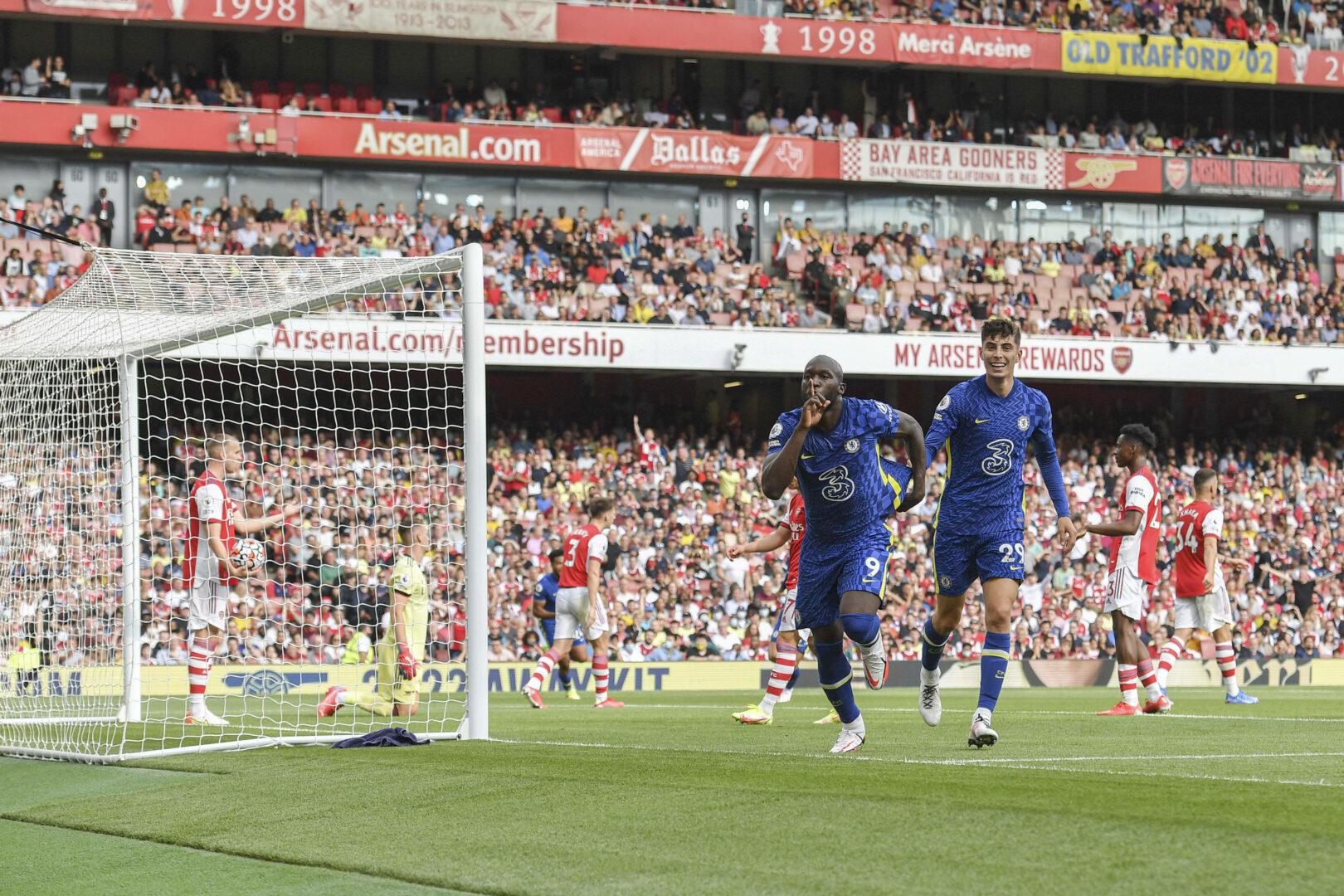 Romelu Lukaku feiert das 1:0 gegen den FC Arsenal.