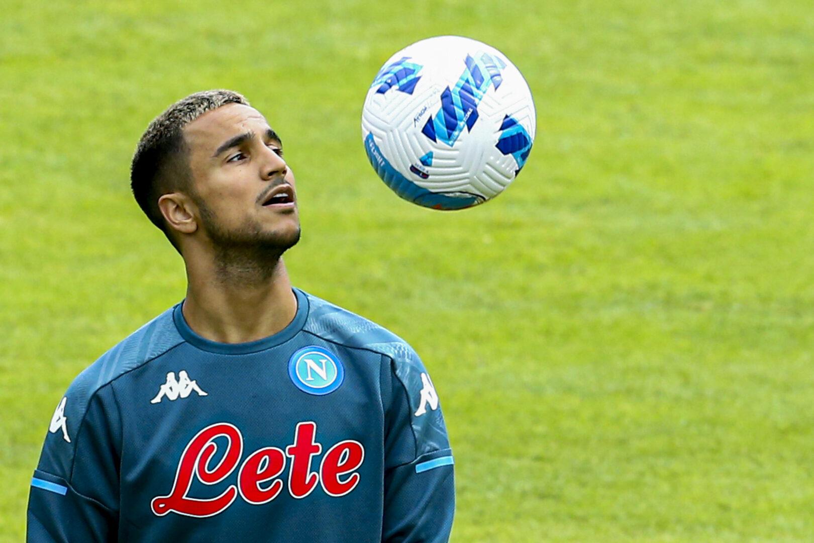Adam Ounas absolvierte die Vorbereitung der SSC Napoli. Sein Weg dürfte allerdings zu Olympique Marseille führen.