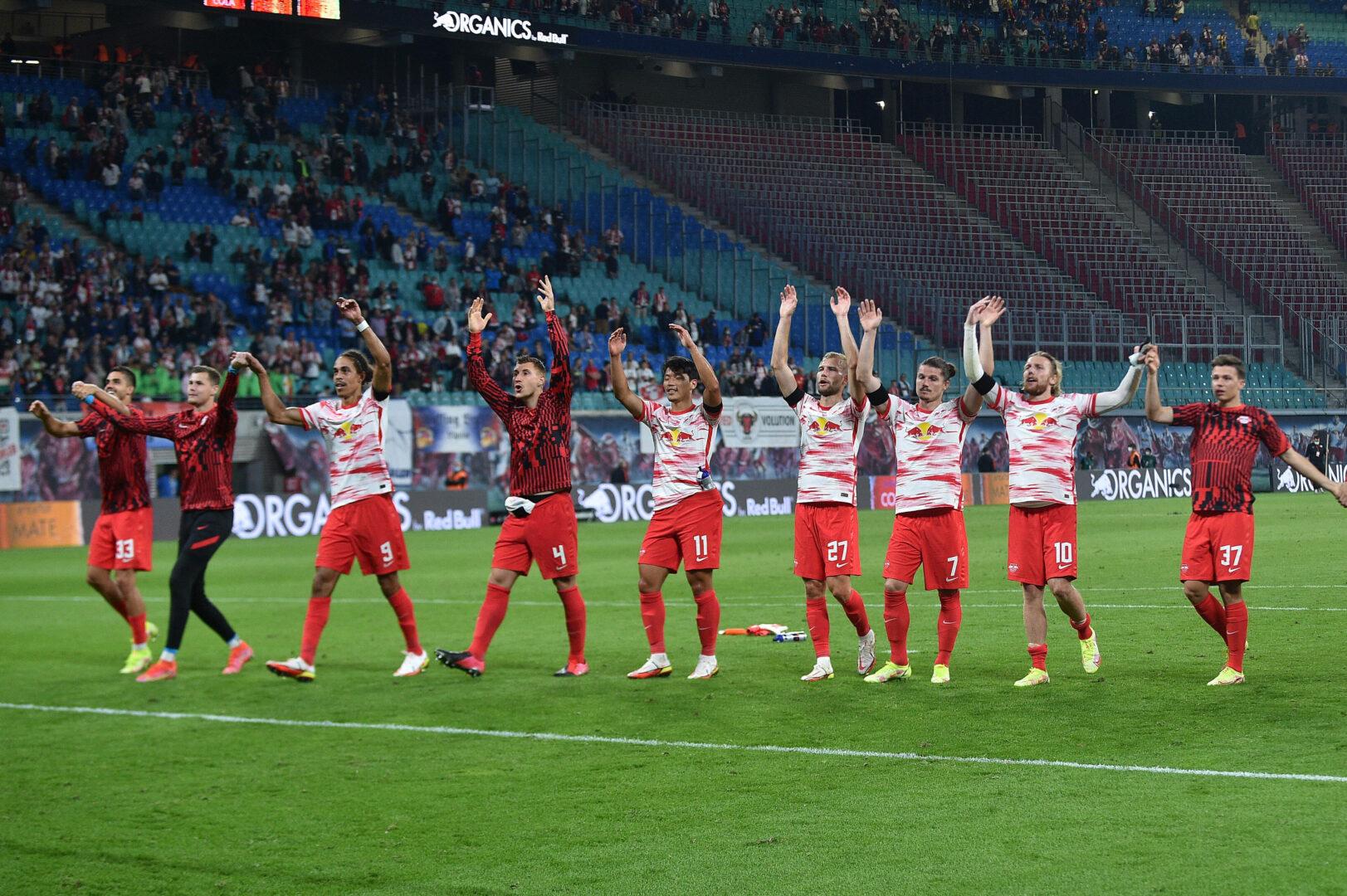 RB Leipzig feiert den Sieg über den VfB Stuttgart